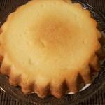 Vérification de la bonne cuisson de la pâte sablée
